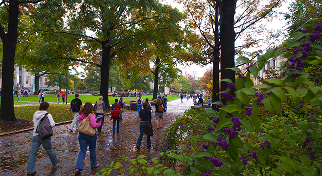 Students walking on the AU quad.