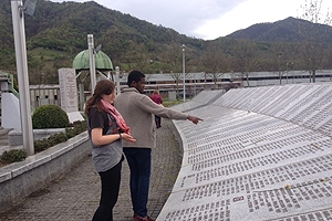 Students tour a memorial to the genocide at Srebrenica