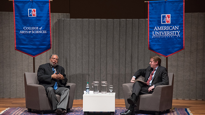 Alumnus Lonnie Bunch Speaks at AU