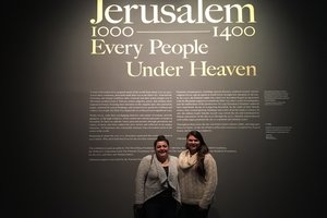 "Students visit the Met exhibit, ""Jerusalem 1000-1400: Every People Under Heaven"""
