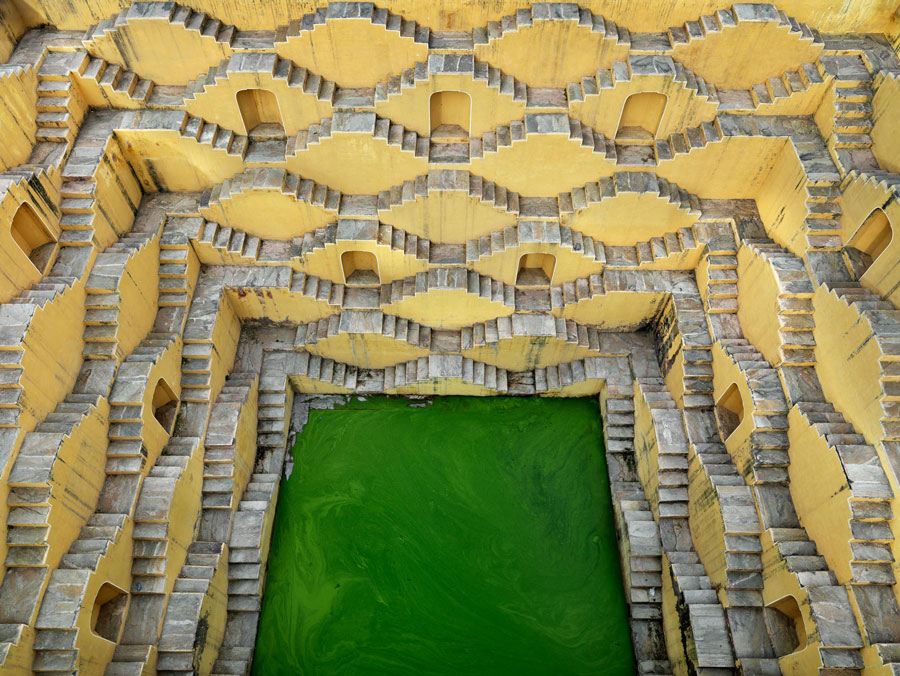 Edward Burtynsky, Step-well #2, Panna Meena, Amber, Rajasthan, India, 2010
