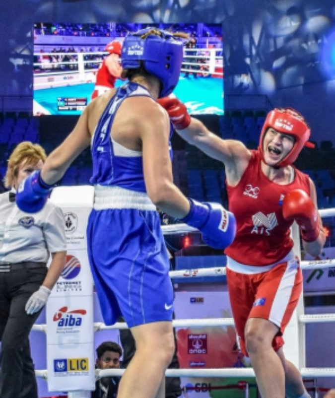 Two women boxing