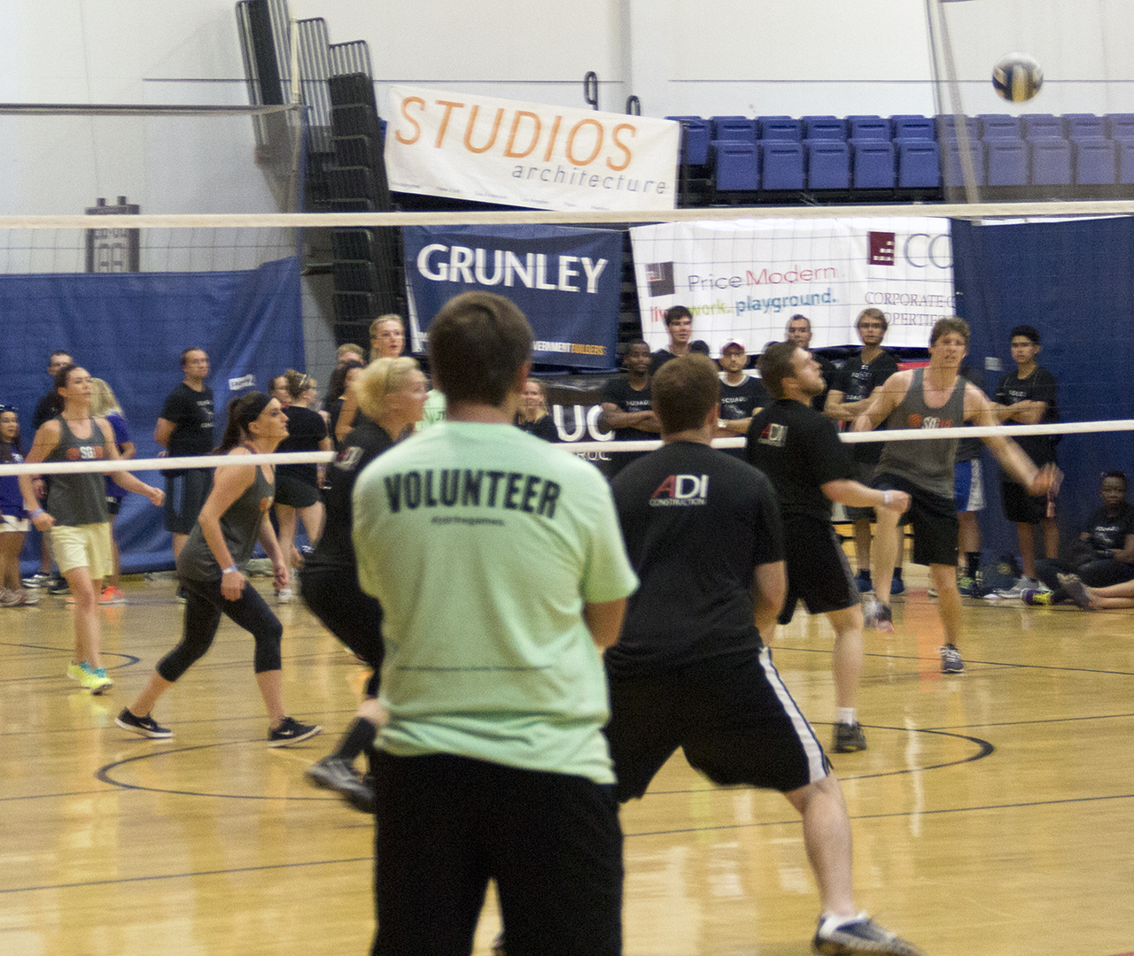 Students playing volleyball at the 2016 Real Estate Games