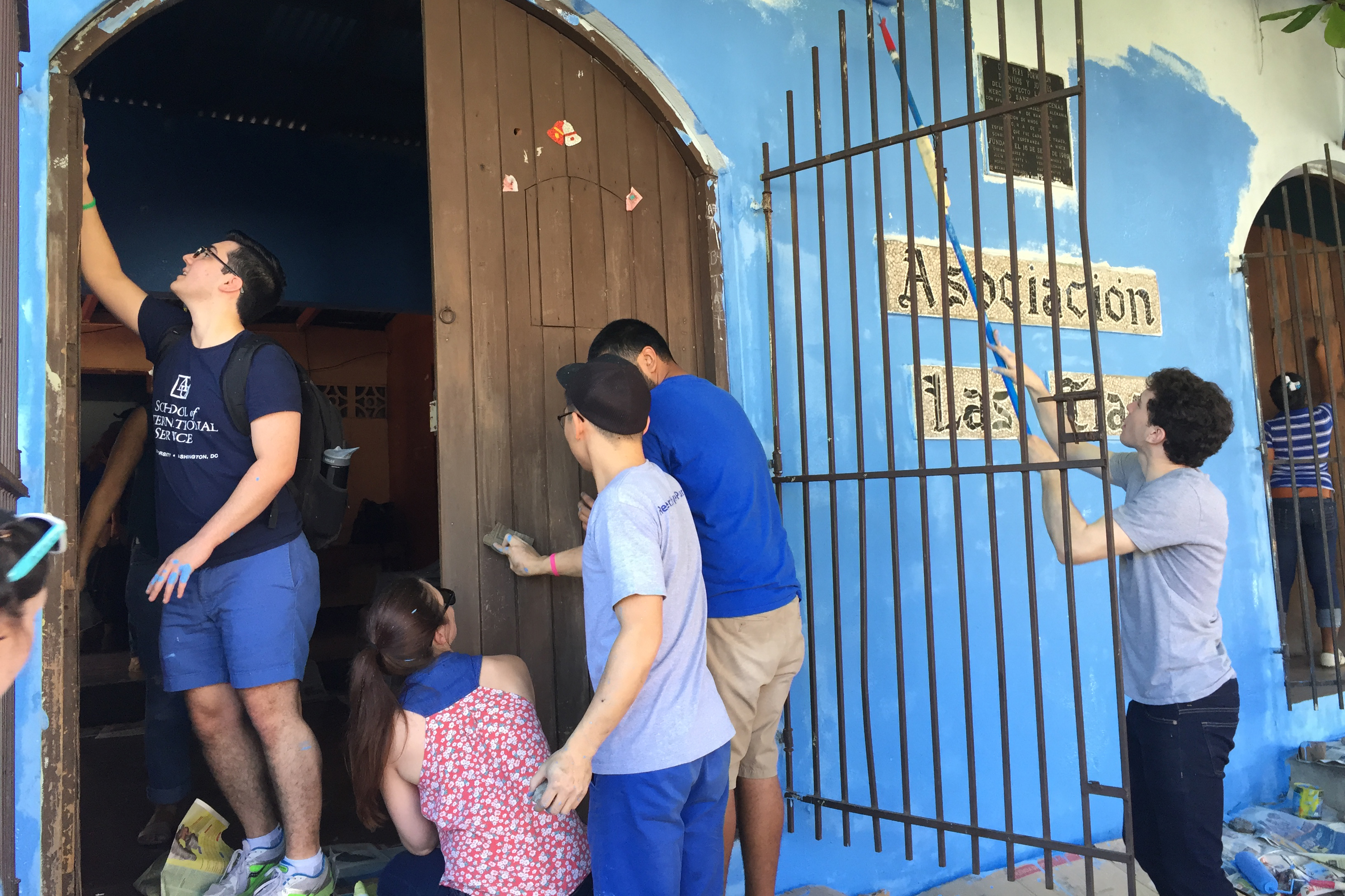 CBRS students participating in a community service trip in Leon, Nicaragua