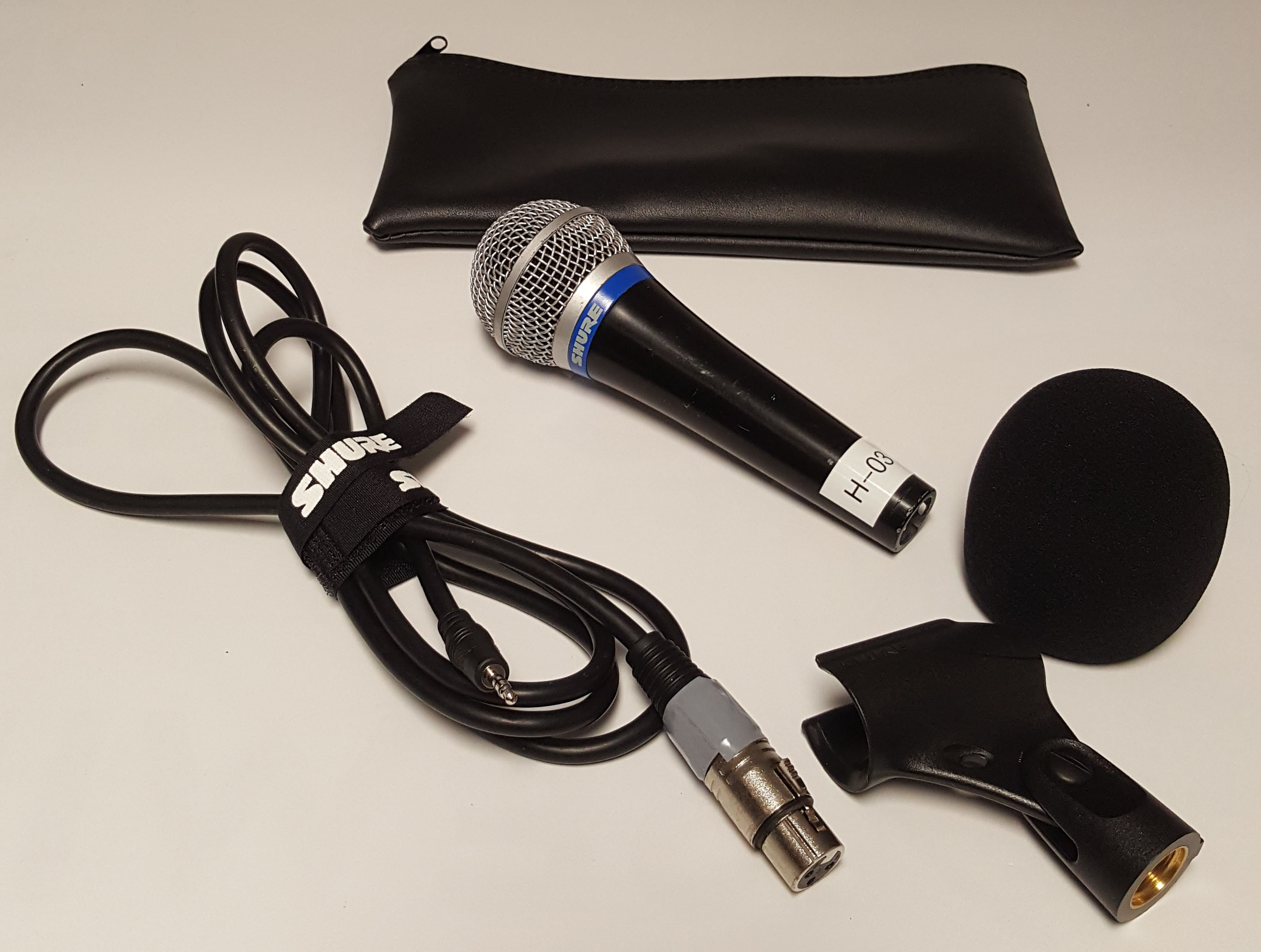 Shure wired microphone