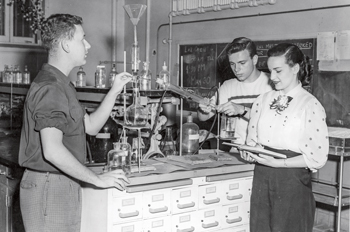 students in a science lab in the 1950s