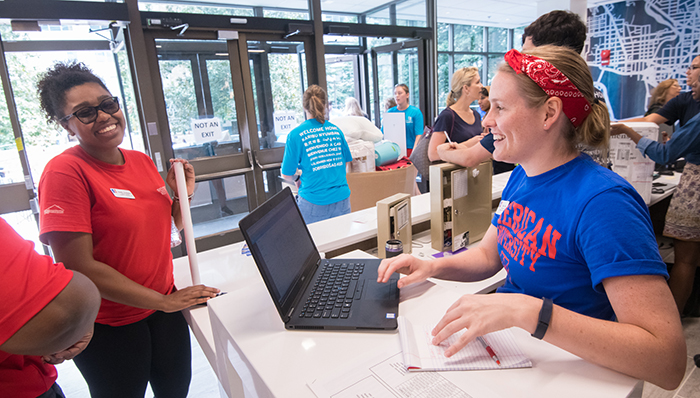 Student receiving help at Welcome Week
