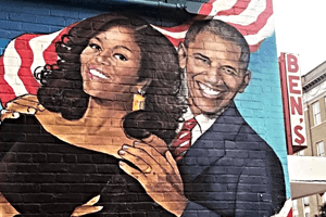 Barack and Michelle Obama mural