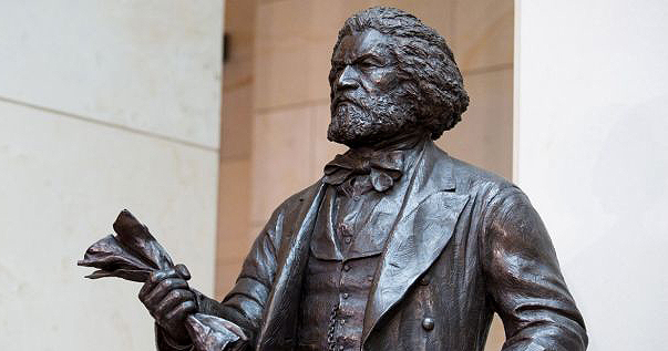 Statue depicting Frederick Douglass