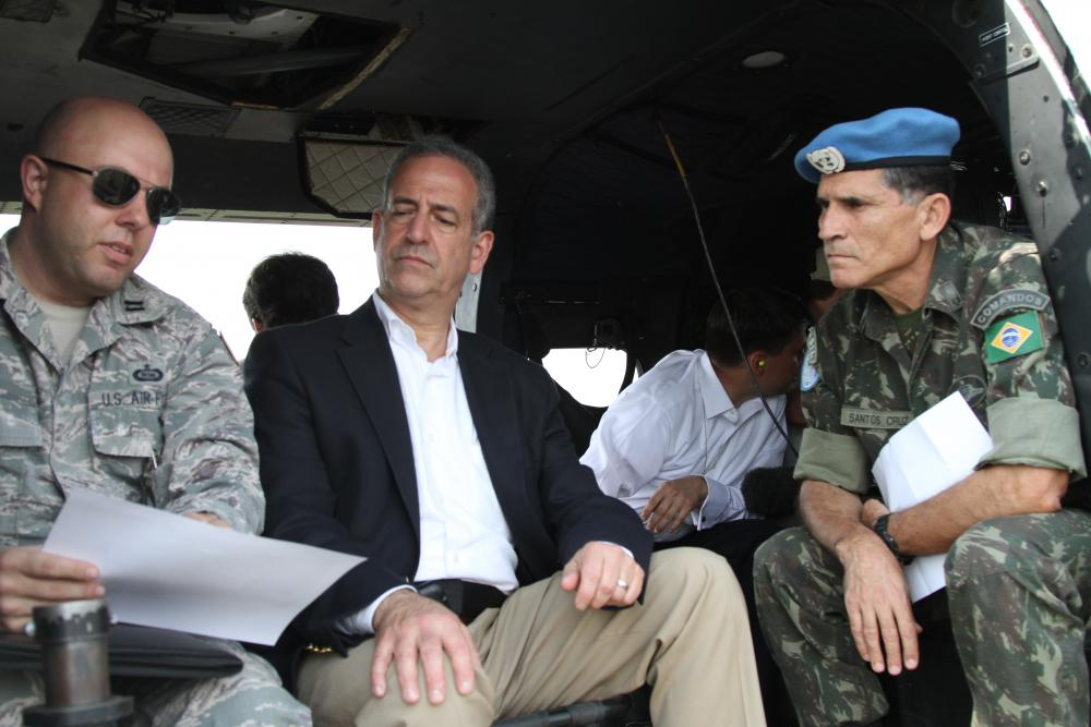 Senator Russ Feingold meets with UN officials from the peackeeping force in the DRC known as MONUSCO.