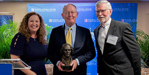 Vicky Wilkins, Sen. Lamar Alexander, and David Scaggs