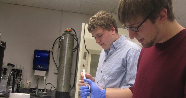 AU biology student researchers Andrew Frank and Clint Rice