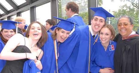 Members of CAS's Class of 2006 get ready for Commencement