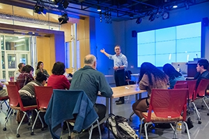 In teaching his backpack documentary class, Bill Gentile draws on his extensive experience reporting in Latin America.
