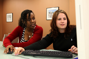 American University School of Communication student Breanna Edwards, left, works at the Sunlight Foundation as an SOC Dean's Intern.