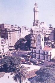 View from above of the Plaza de Mayo with palm trees