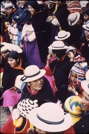 A crowd of Bolivian women