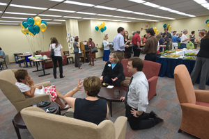 Faculty lunch event at the Bender Library