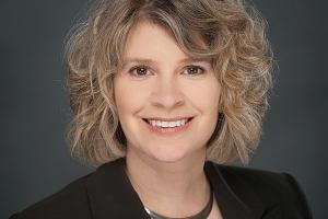 Photo of Julie Bloecher, MBA '10