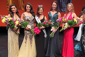 Miss DC 2014 finalists Ariana Kruszweski and Tori Vogel.