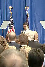 Nate Bronstein saying the Pledge of Allegiance during Obama's Visit