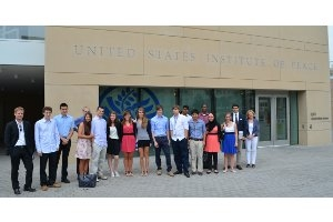 Community of Scholars students at USIP in 2012