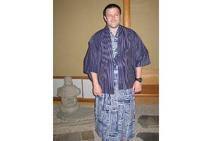 Jamie Ravetz, SIS/MA '07, in traditional Japanese clothing. Photo courtesy of Jamie Ravetz.