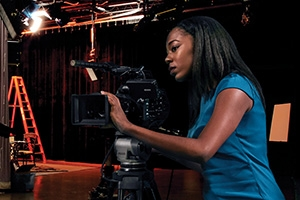 Shayla Racquel filming on sound stage