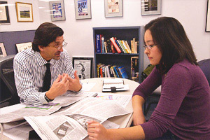 Washington Post local editor Vernon Loeb with SOC Undergraduate Dean's Intern Sylvia Carignan.