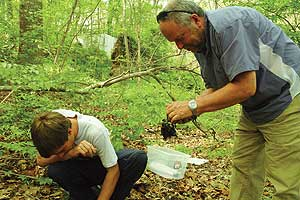 Professor David Culver and his student in Rock Creek Park