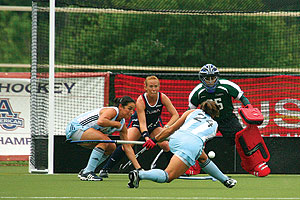 Argentina and the United States field hockey teams at AU.