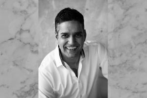 Portrait of Vivek Narain.