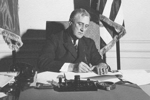 FDR in White House office.