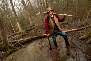 Dan Sayers works in Great Dismal Swamp
