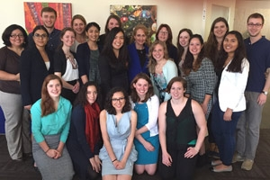 Jo Handelsman (center, in blue) with AU students.