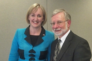 New Zealand's Minister of Environment Amy Adams, left, and Center for Environmental Policy Director Daniel Fiorino