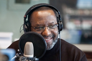 Radio journalist Kojo Nnamdi. Photo by Anthony Washington, 2012. Courtesy of WAMU 88.5.